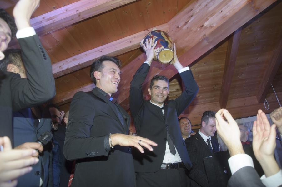 Ballo archivi cronaca eugubina for Cappuccio da cabina da ballo