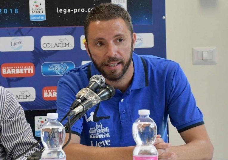 """Tutto il cuore di mister Sandreani: """"Dobbiamo mandare segnali, in campo con voglia ed entusiasmo. Mi piace il calcio aggressivo e organizzato"""""""