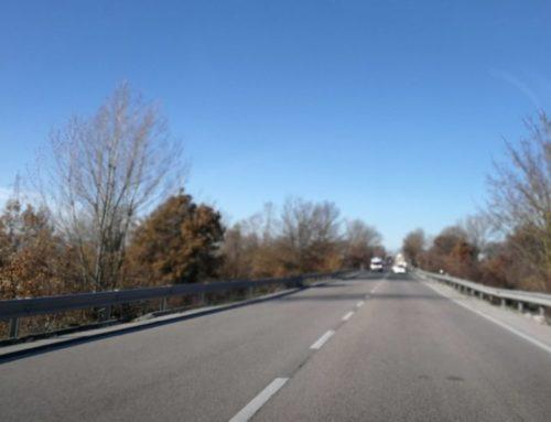 Incidente stradale tra due auto lungo la statale 219 Pian d'Assino a Spada. Nessun ferito