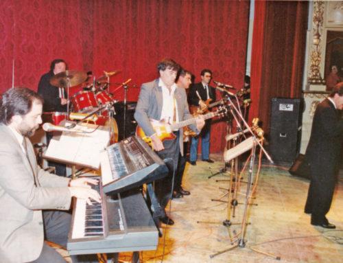 """Trent'anni fa al Teatro comunale di Gubbio la """"1° Rassegna dei Complessi Eugubini"""""""