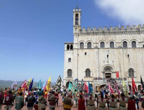 59° Raduno Nazionale Suonatori di Campane d'Italia. Esibizione degli Sbandieratori e sonata del Campanone