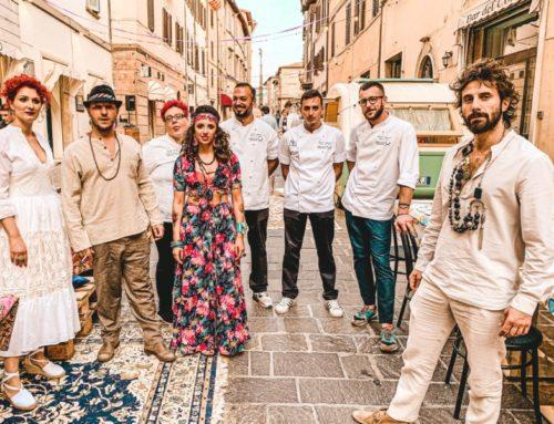 """Gubbio Food Experience 2019. In Corso Garibaldi """"Gipsy Dinner"""", un altro successo degli Chef eugubini"""