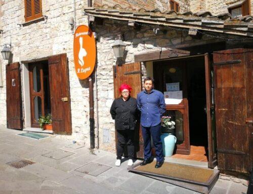 """Francesca e Stefano: """"Luglio era il mese dei turisti. Ma oggi sono gli eugubini a prenotare nei nostri ristoranti"""""""