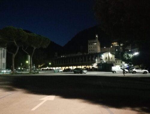 Parcheggio a sbarra di Piazza 40 Martiri, nuove delimitazioni fisse con bando per gli artigiani del ferro battuto