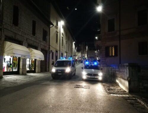 Polizia Locale: controlli notturni anti contagio e per la quiete pubblica con 5 agenti. Monitorate le telecamere