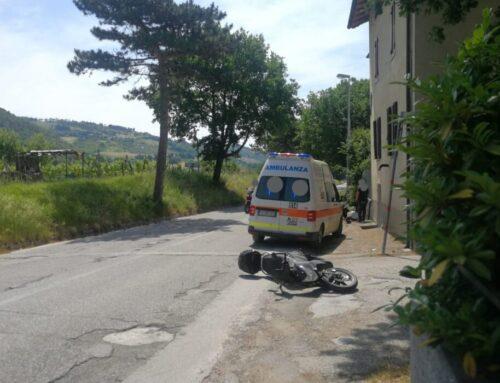 Incidente tra due scooter lungo Via di Porta Romana: due eugubini di 33 e 76 anni in Ospedale a Branca